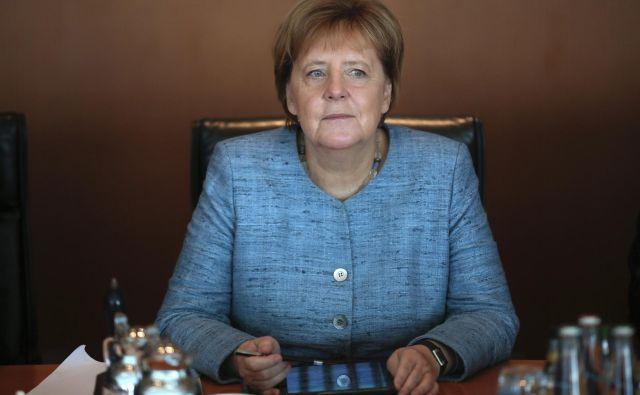 Nemška kanclerka Angela Merkel FOTO: AP