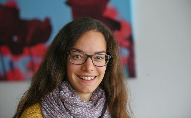 »Po podatkih naših raziskav na slovenskem trgu več kot polovica predpakiranih živil vsebuje prosti sladkor,« pravi raziskovalka Nina Zupanič. FOTO Jože Suhadolnik