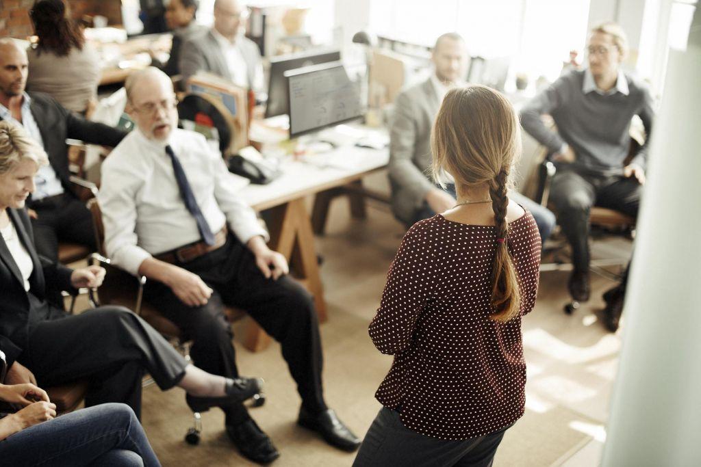 Če sodelavci sodelujejo pri uvajanju novosti, jih lažje sprejmejo