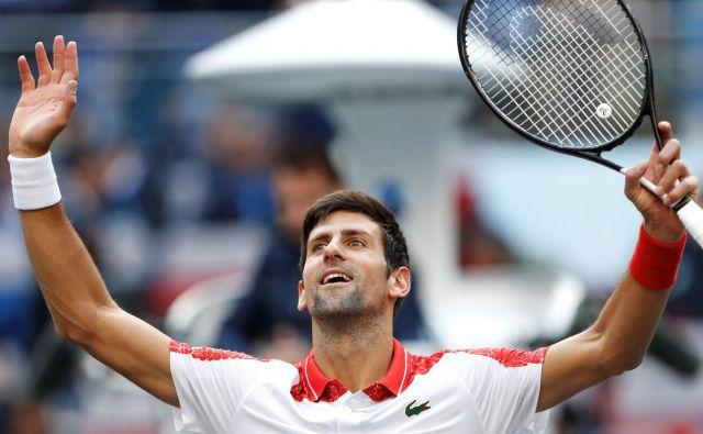 Novak Đoković ni v drugem nizu oddal niti igre. FOTO: Aly Song/Reuters