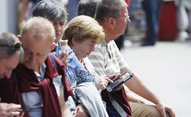 Na Nizozemskem so pretiravali z institucionalizacijo starejših, razlagata sogovornici. FOTO: Blaž Samec/Delo