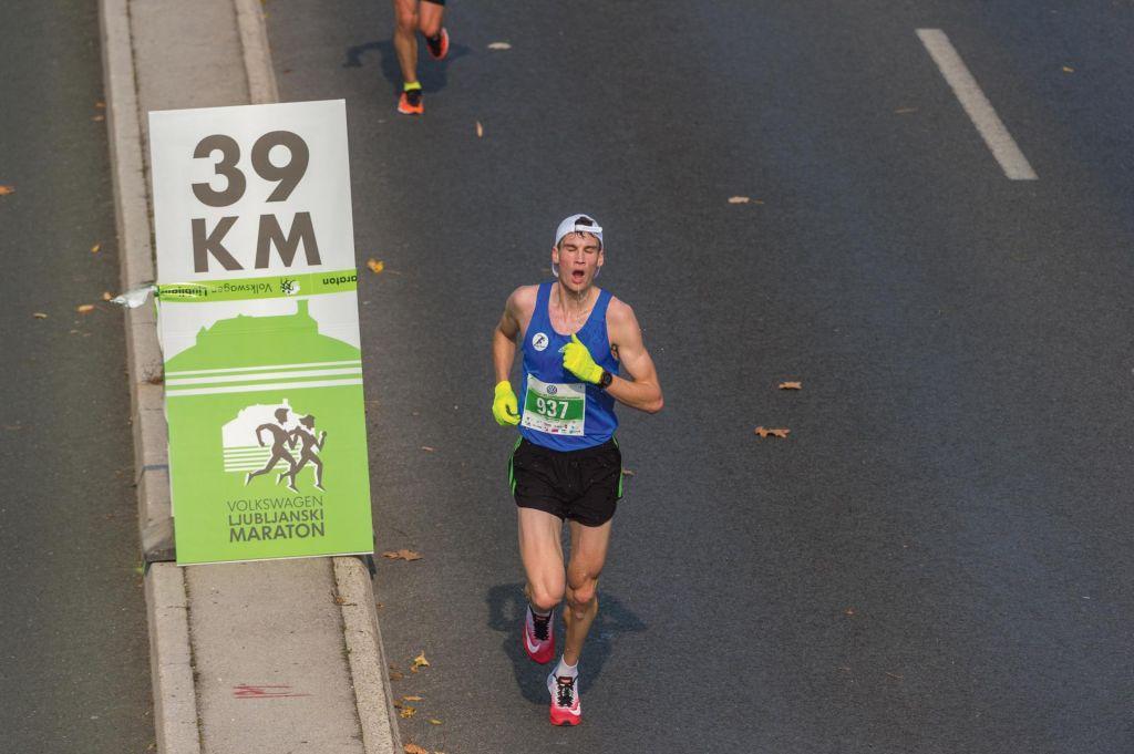 Maraton - posebna priloga Dela in Slovenskih novic