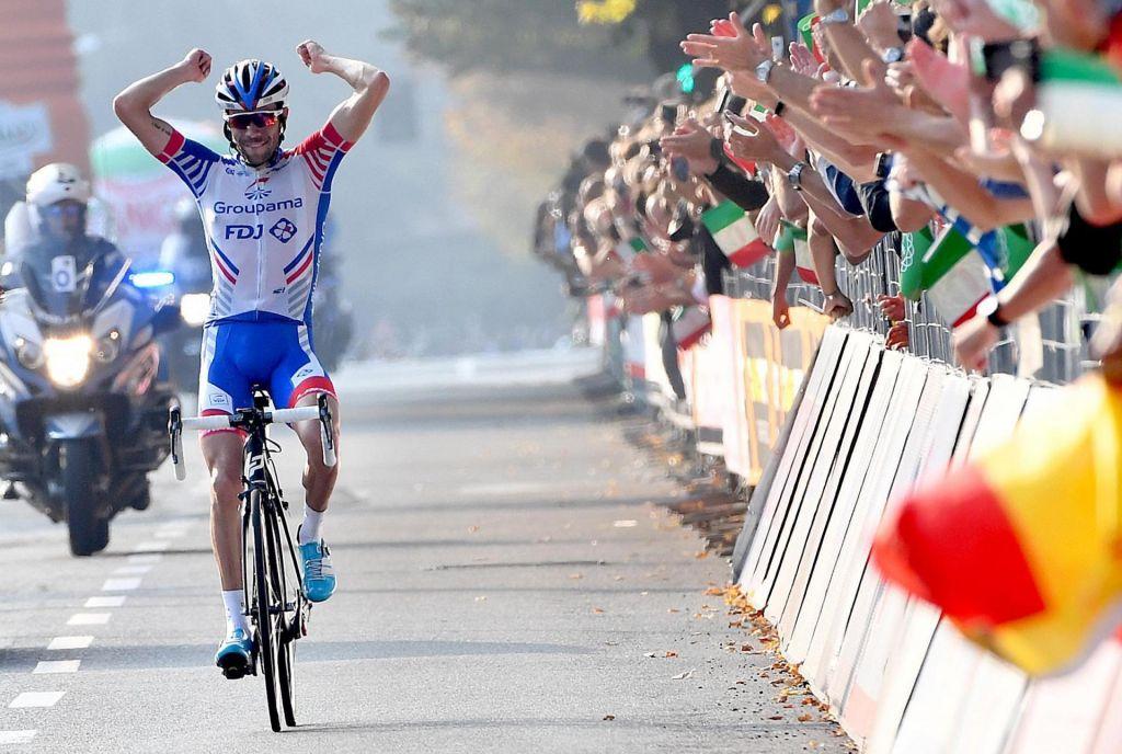 Dišalo je tudi po zmagi, na koncu ostaja borbena vožnja Rogliča v Lombardiji