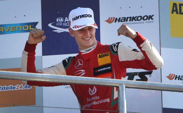 Mick Schumacher je postal prvak v formuli 3. FOTO: AFP