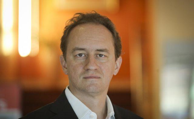 Mario Holzner, ekonomist: »Posojila Kitajcev in Evropejcem za infrastrukturo lahko povzročijo dolžniške kreize na Balkanu.« FOTO Jože Suhadolnik