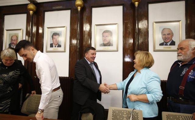 Minister Samo Fakin bi ukrepal na podlagi številk in konkretnih podatkov. FOTO: Matej Družnik/Delo