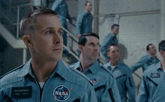 Ryan Gosling kot Neil Armstrong v filmu <em>Prvi človek.</em><br /> FOTO: promocijsko gradivo