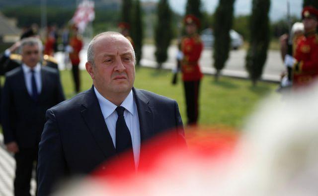 Konec meseca bodo v Gruziji izbirali naslednika sedanjega predsednika države Giorgija Margvelašvilija. Foto: David Mdzinarishvili/Reuters