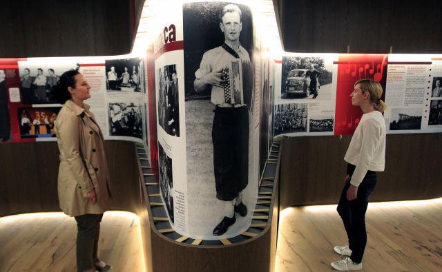 Stalna razstava v novem muzeju v Mirni Peči je zgodba o Ansamblu Lojzeta Slaka in njegovem življenju. Pozneje bo v njem dobila prostor še pripoved o Tonetu Pavčku. FOTO Roman Šipić