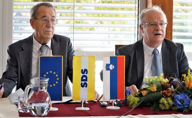 Levo Leon Podlinšek, predsednik Mestnega odbora SDS Celje in Matjaž Železnik, njihov kandidat za župana MO Celje. FOTO: Brane Piano<br />