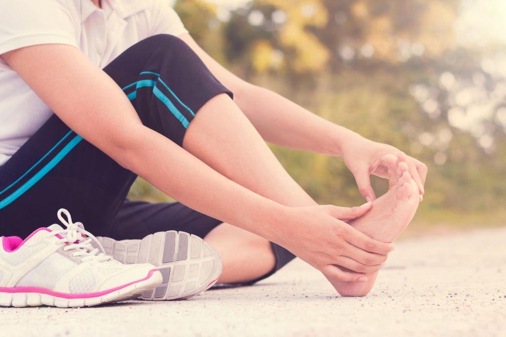 Kaj storiti, če vas po teku boli stopalo