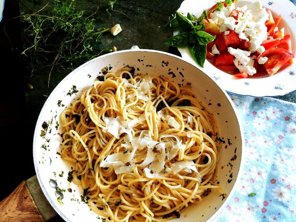 FOTO:Poletov recept: Manj je več špageti