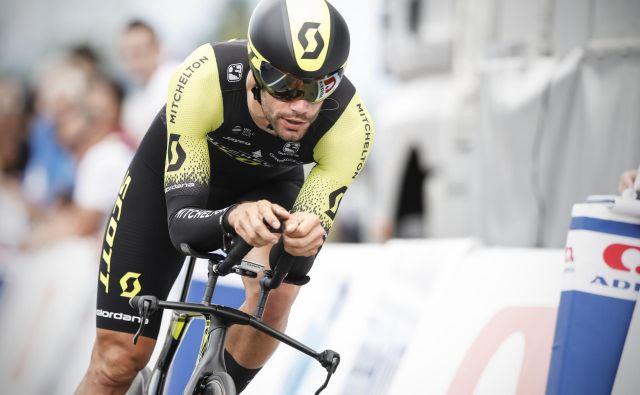 Luka Mezgec je v 3. etapi na Kitajskem prikolesaril čez ciljno črto v času zmagovalca.<br /> FOTO Uroš Hočevar/Delo