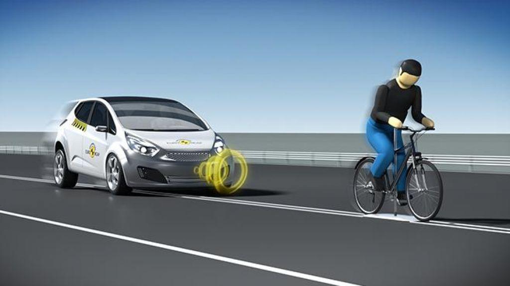 Avtomobili se (še) ne vozijo sami!