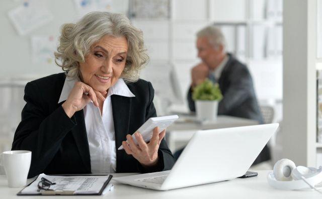 Ženske gredo praviloma prej v penzijo kot moški. FOTO Shutterstock