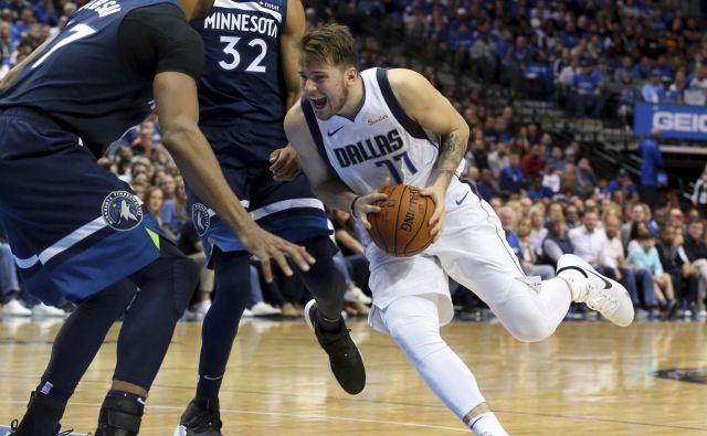 Luka Dončić je okusil slast prve zmage v ligi NBA. FOTO: AP