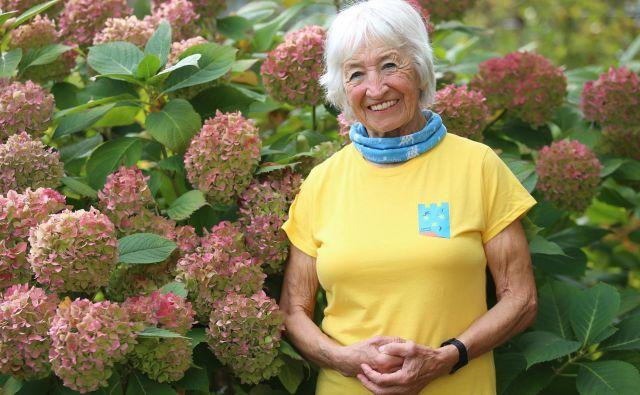 Kazimira Lužnik je izjemna žena, mati in babica. Z energijo, ki jo izžareva pri 84 letih, je lahko zgled mnogim. Fotografije Tadej Regent