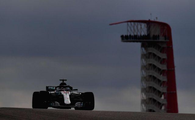 Lewis Hamilton ima novo šampionsko lovoriko pred nosom. FOTO: Clive Mason/AFP