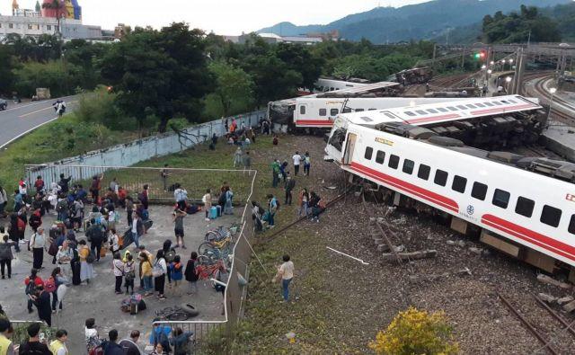 Umrlo je najmanj 17 ljudi. FOTO: CNA/AFP