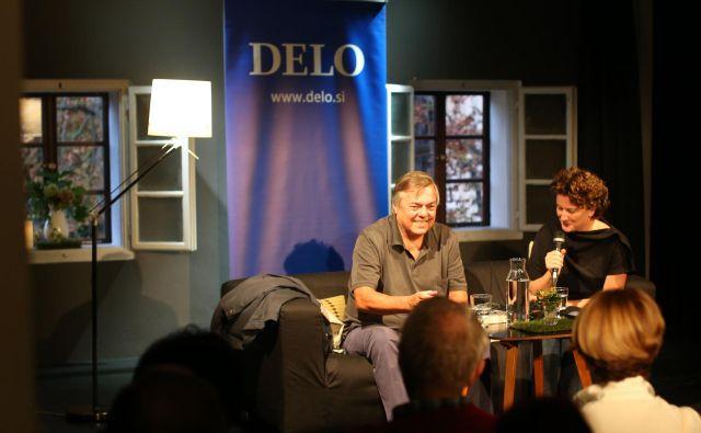 Vodnikova domačija rada gosti pisatelje, na fotografiji večer z Dragom Jančarjem.<br /> FOTO: Tomi Lombar