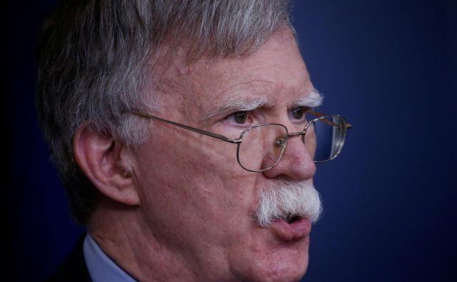 Obisk Trumpovega svetovalca za nacionalno varnost Johna Boltona je bil v znamenju napovedi ameriškega umika iz dogovora o prepovedi jedrskih raket srednjega dosega. Foto Reuters
