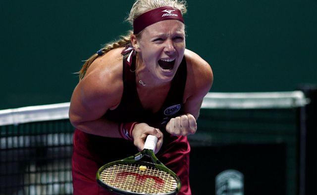 Kiki Bertens je priložnost na mastersu dobila šele po odpovedi Simone Halep, v prvem dvoboju pa ugnala prvo nosilko. FOTO: Reuters