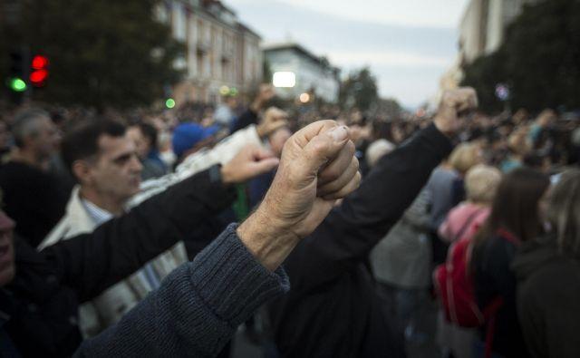 Protesti v Banjaluki niso ogrozili gladke zmage Milorada Dodika. FOTO: Voranc Vogel/Delo