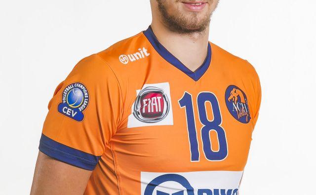 Tima Polujan je mlad in visok sprejemalec. FOTO: ACH Volley