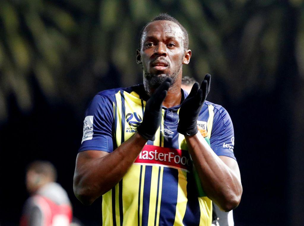 FOTO:Boltova nogometna kariera se lomi na denarju (VIDEO)