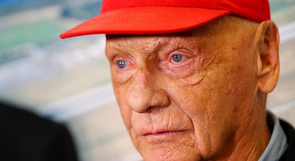 Niki Lauda po skoraj treh mesecih zapustil bolnišnico