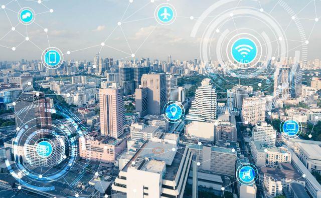 Nemalo mest se že danes spogleduje z naslovom pametna. Trg tehnologij za pametna mesta nezadržno raste in do leta 2025 naj bi dosegel že 2570 milijard dolarjev FOTO: Shutterstock