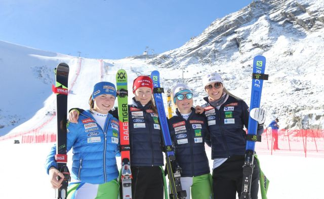 Na današnji ledeniški uverturi v sezono bodo nastopile štiri slovenske tekmovalke (z leve): Neja Dvornik, Ana Drev, Meta Hrovat in Ana Bucik. FOTO: Tomi Lombar/Delo
