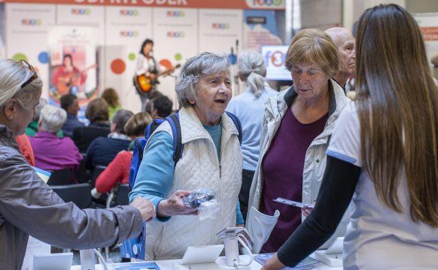 Člani Zdus in društva so bili med drugim kritični do pretirane komercializacije festivala s »prodajanjem kramarije in posiljevanjem z nakupi«. Foto Voranc Vogel