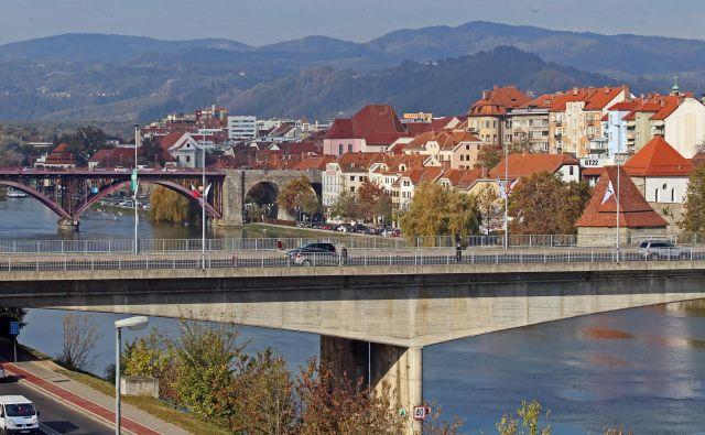 Mariborje eno redkih ne samo slovenskih, temveč tudi evropskih mest, v katerih se je število prebivalcev v zadnjem obdobju zmanjšalo, je v preteklih štirih letih še dodatno nazadoval. FOTO: Tadej Regent/Delo