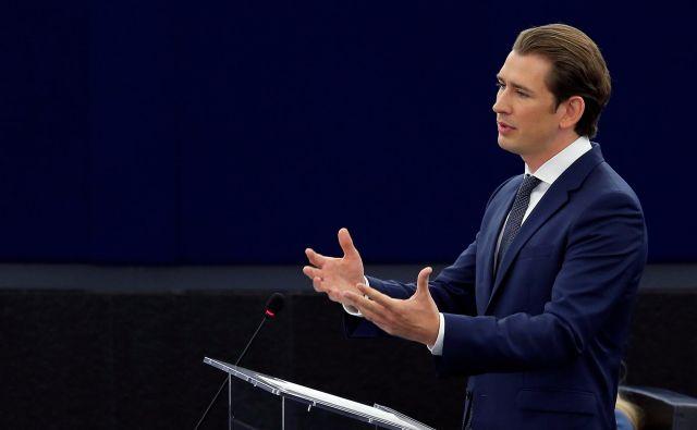 »Odločili smo se, da se ne bomo pridružili dogovoru,« je pred današnjo sejo vlade povedal avstrijski kancler Sebastian Kurz<strong>. </strong>FOTO: Vincent KesslerIReuters