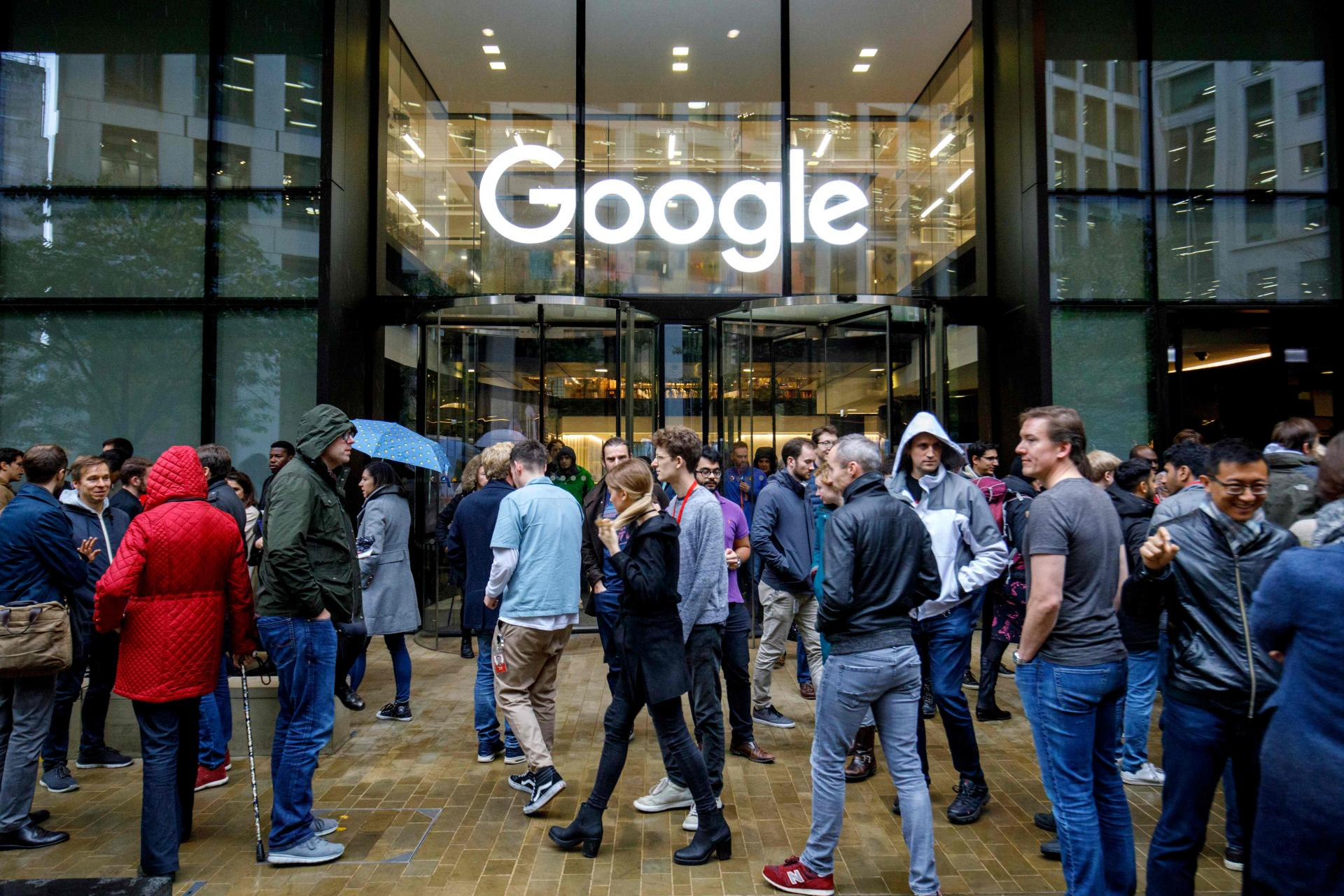 Google's 200k employees to work from home until July 2021