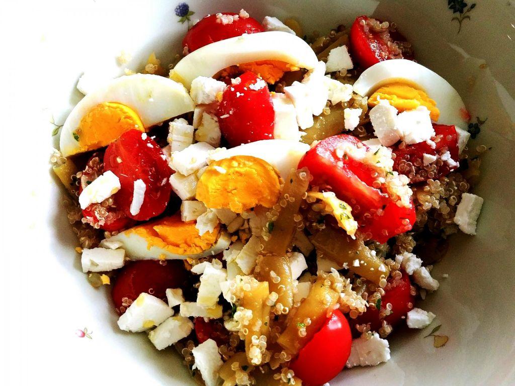 Poletov recept: Solata iz kvinoje in stročjega fižola
