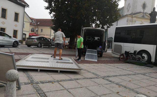 Kombi ljubljanskega društva invalidov opravi na leto tudi po 90.000 kilometrov. Foto društvo paraplegikov ljubljanske pokrajine