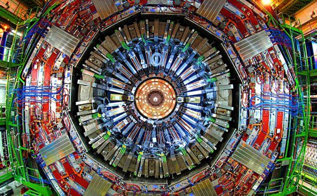 Morda prelomni dogodek za moderno fiziko so zaznali med eksperimentom z detektorjem CMS. Vir Cern