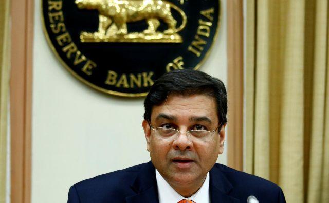 Urdžit Patel v očeh premiera Narendre Modija ni (več) najbolj priljubljen. Foto Reuters