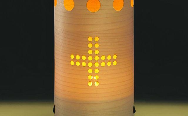 Kačarjeva biorazgradljiva sveča. Foto osebni arhiv S. K.