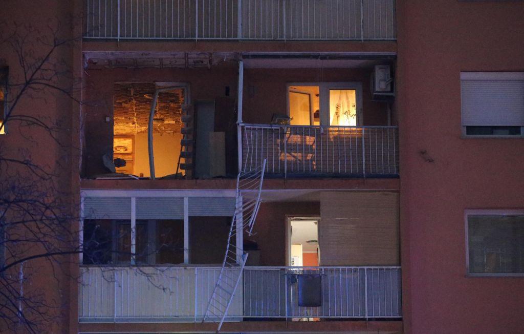 Policisti še preiskujejo eksplozijo, stanovalci jezni in ogorčeni