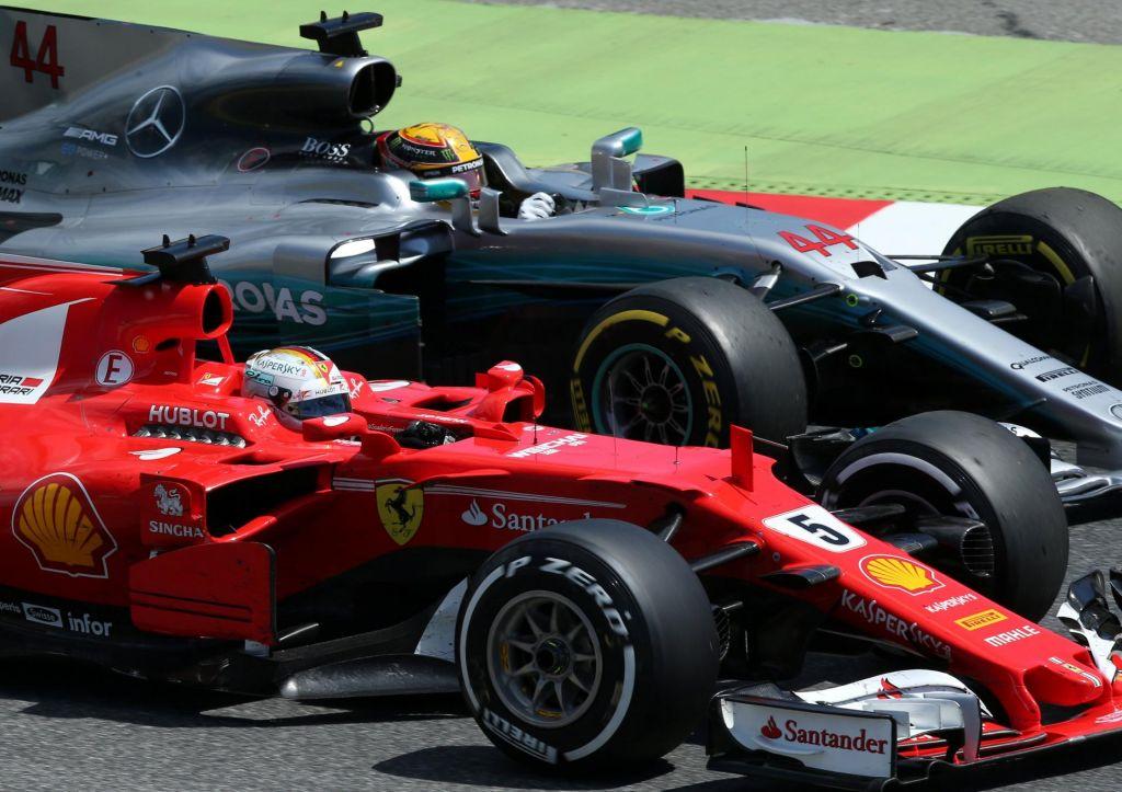 Mercedes že potiskal majice, a rdeči so odločeni pokvariti veselico