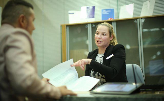 Obvestila o dodelitvi delnic in vračilu sredstev bodo šla na pošto še ta teden.FOTO: Jure Eržen/Delo