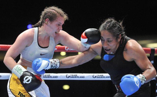 Ema Kozin obeta največ med vsemi mladimi svetovnimi boksarkami. FOTO: Damir Krajac/Cropix