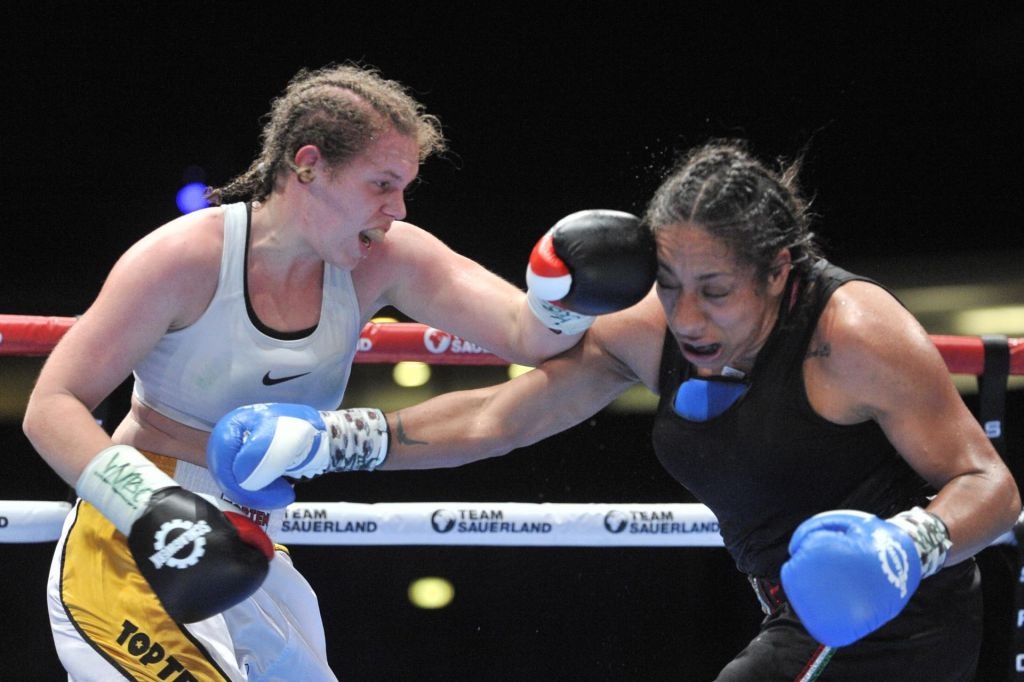 Ema Kozin najobetavnejša boksarka na svetu