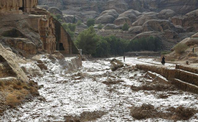 Iz Petre so evakuirali skoraj 4000 turistov. FOTO: Afp