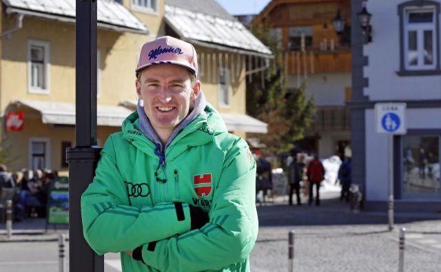 Severin Freund je po vrhuncu kariere in Prevčevi sanjski sezoni kmalu občutil velik padec, težave so mu vseskozi povzročale poškodbe. FOTO: Matej Družnik/Delo