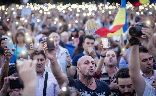 Sporna pravosodna reforma je sprožila na ulicah Bukarešte, Cluja, Temišvara inBrasovaval protivladnih protestov. FOTO: Adrian Catu/AFP