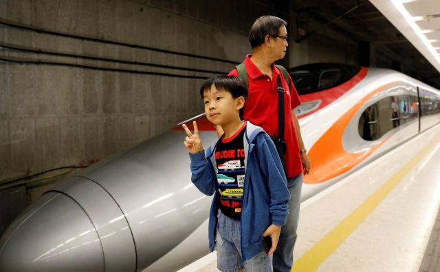 Prodor kitjaskih vlakov v svet sili Evropejce v povezovanje sil. Foto Reuters